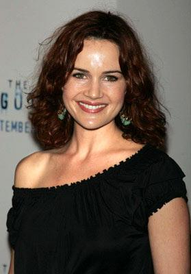 Premiere: Carla Gugino at the New York premiere of Revolution Studios' The Forgotten - 9/21/2004