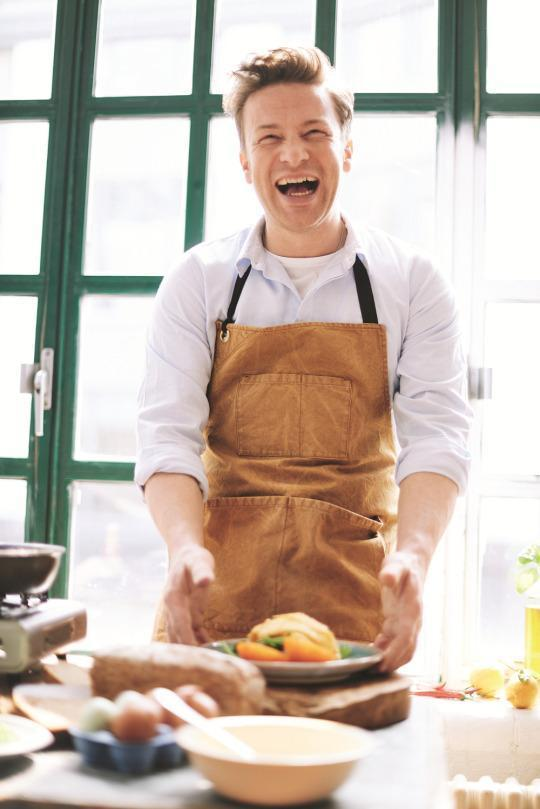 Learn How to Eat Healthy, Jamie Oliver-Style, in'Everyday Super Food'