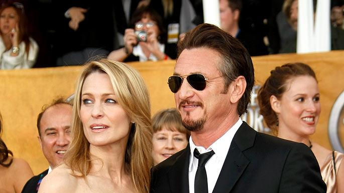 Robin Wright Penn and Sean Penn arrives at the 15th Annual Screen Actors Guild Awards held at the Shrine Auditorium on January 25, 2009 in Los Angeles, California.