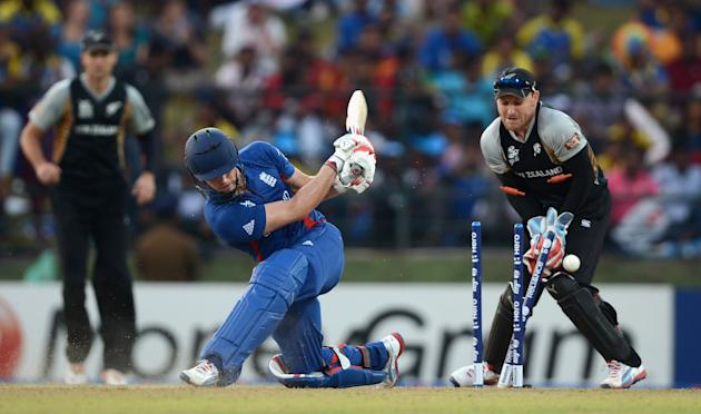 England v New Zealand - ICC World Twenty20 2012: Super Eights Group 1