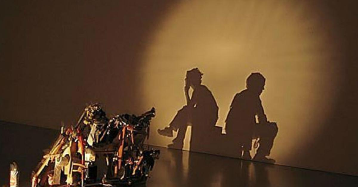 17 Breathtaking Examples Of Shadow Art