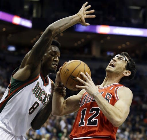 Bulls beat Bucks, snap 3-game losing streak