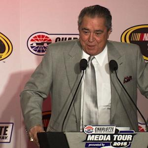 Sabates guarantees Chase for Larson, McMurray