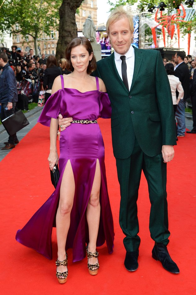 Anna Friel, double slit leg dress, Rhys Ifans
