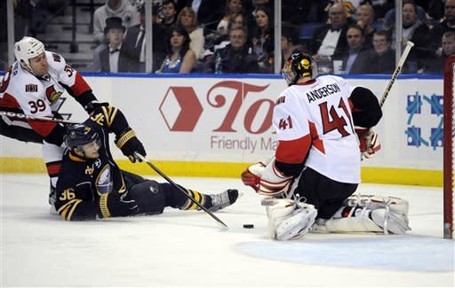 Butler lifts Senators to 3-2 SO win over Sabres