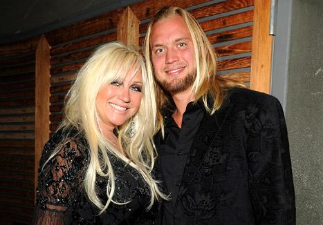 Linda Hogan, 52, Calls Off Engagement to Charley Hill, 23