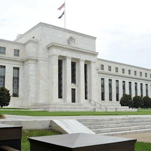 Fed Debate on Rates Heats Up as Tapering Continues