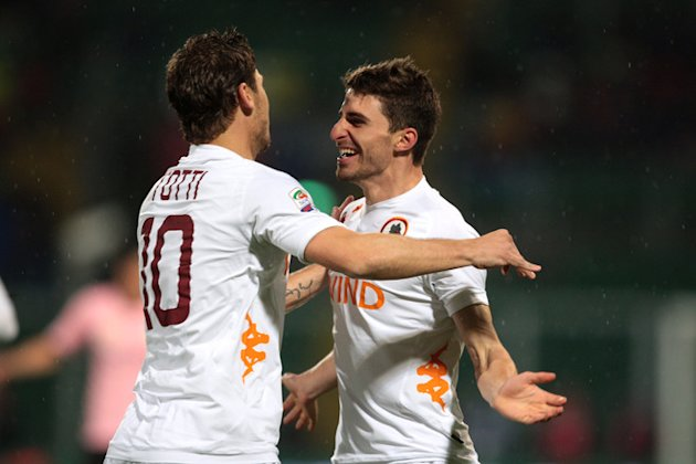 AS Roma's Forward Fabio Borini (R) Celebrates AFP/Getty Images