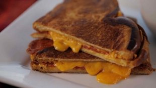 grilled cheese pepperoni grilled cheese