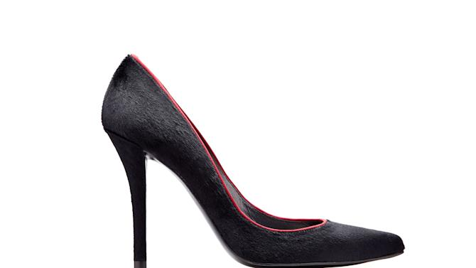 This product image released by Stuart Weitzman shows a black pony-hair stiletto pump with burgundy satin piping co-designed by actress AnnaSophia Robb for a special Stuart Weitzman collection to help raise money for ovarian cancer research.  (AP Photo/Stuart Weitzman)