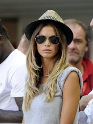 Melissa Satta disebut-sebut menjadi penyebab Kevin-Prince Boateng beberapa kali mengalami cedera konyol. Keduanya diberitakan sering melakukan hubungan intim. (Getty Images/Claudio Villa)