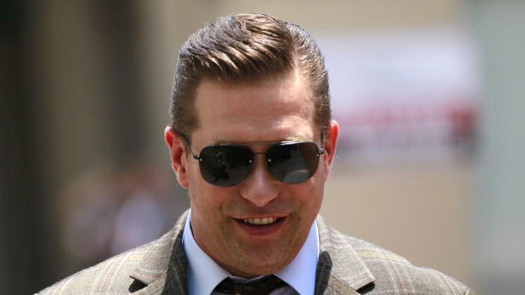 Stephen Baldwin arrives at Federal Court on Thursday, June 14, 2012 in New Orleans.  A jury is set to hear closing arguments in the trial for Baldwin's lawsuit against Kevin Costner over their multimillion dollar business dispute in the aftermath of the 2010 oil spill in the Gulf of Mexico. The lawsuit accuses Costner and Smith of duping Baldwin and friend Spyridon Contogouris over their investments in an oil cleanup device that BP used after the spill. (AP Photo/Gerald Herbert)