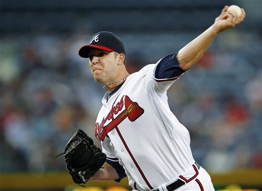 Prado homers, Braves beat Marlins 3-0