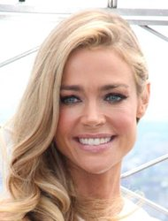 Denise Richards caring for Brooke Mueller's twin boys
