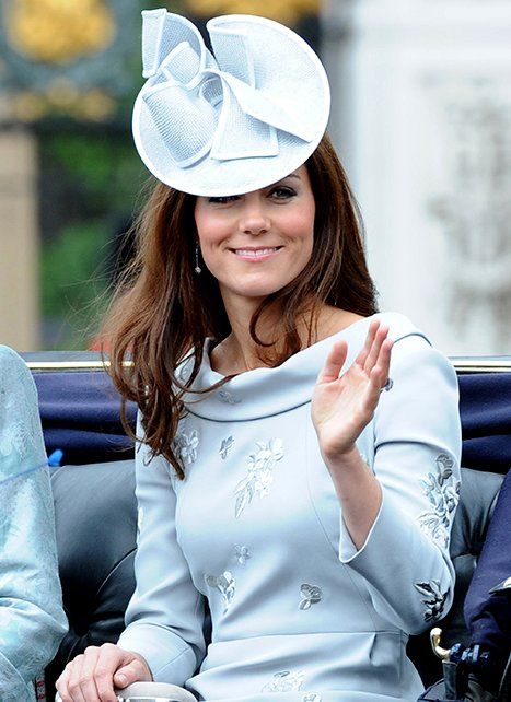 Kate Middleton Sparkles at …