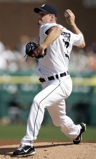 Dunn's homer gives White Sox 3-2 win over Tigers
