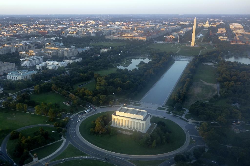 Flyover in Washington to commemorate WWII victory