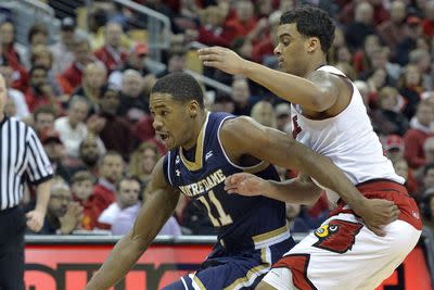 College basketball schedule and results: Notre Dame knocks off Louisville