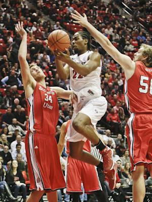 Thames leads No. 24 SDSU over S. Utah, 76-39