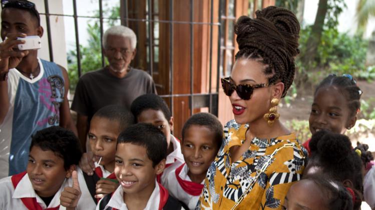 Beyonce, Jay-Z turn heads in Havana