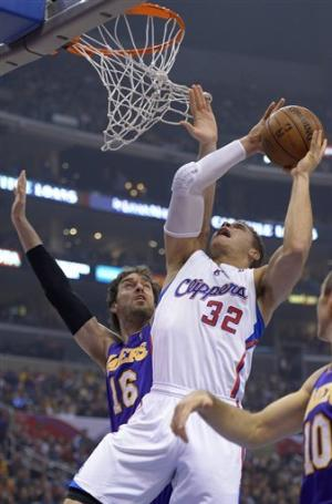 Clippers beat Lakers 107-102 to stop 2-game skid