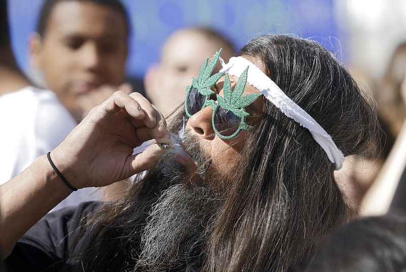 Colorado sells 20 tons of recreational weed yet demand for medical marijuana remains high