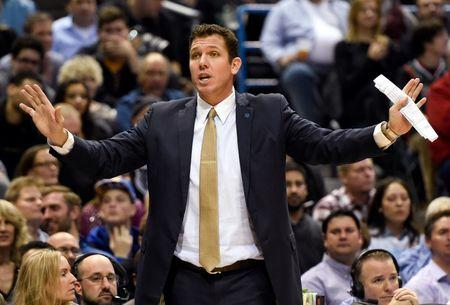 Lakers put faith in Walton to lead return to glory