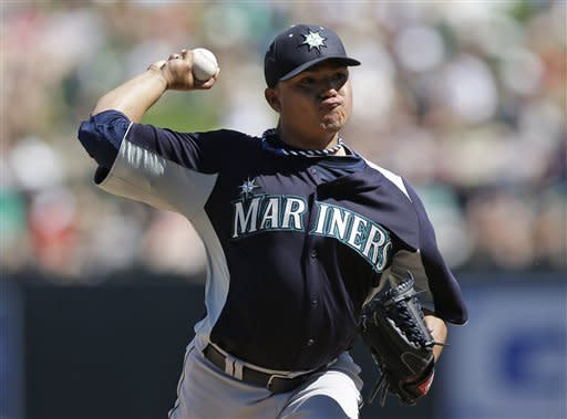 Morales hits third homer of spring for Mariners
