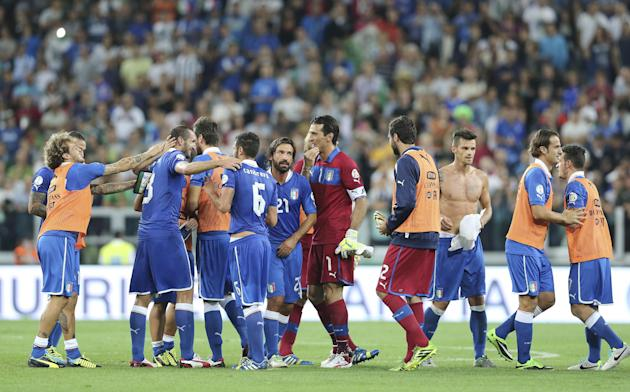 Italy players celebrate after winning the 2014 World Cup Group B qualifying soccer match between Italy and Czech Republic at the Juventus stadium in Turin, Italy, Tuesday, Sept. 10, 2013. Italy secure