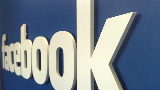 Facebook app for the iPhone and iPad gets major overhaul