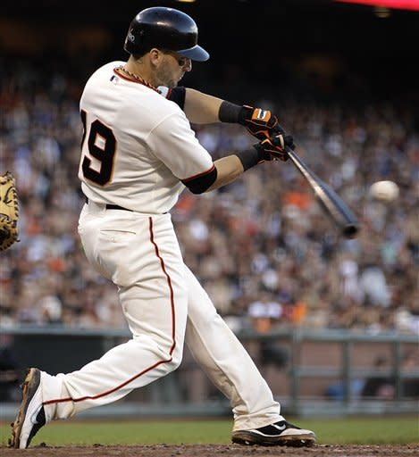 Zito delivers as Giants extend lead over Dodgers