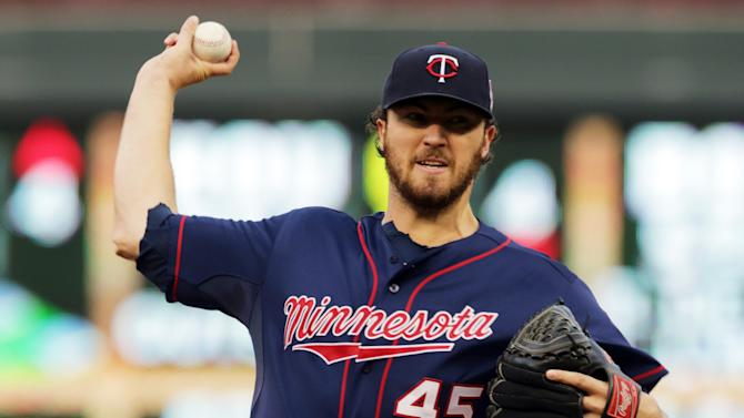 Vargas, Twins power past Padres 3-1