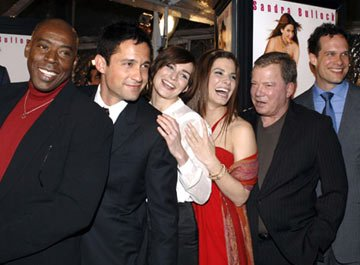 Premiere: Ernie Hudson, Enrique Murciano Jr., Heather Burns, Sandra Bullock, William Shatner and Diedrich Bader at the Hollywood premiere of Warner Bros. Pictures' Miss Congeniality 2: Armed and Fabul