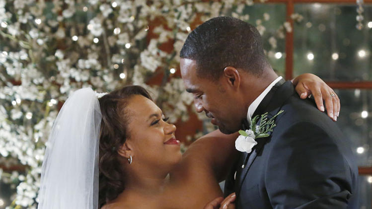 "TV Weddings - Miranda Bailey and Ben Warren: ""Grey's Anatomy"" (2013)"