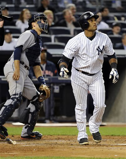 Cano homers, Yankees hold off Astros 5-4