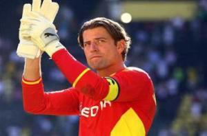Weidenfeller seals new Dortmund deal