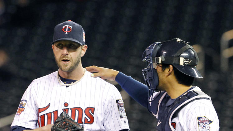 Wintry weather postpones Jays-Twins; twinbill set