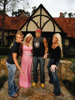 Hulk Hogan and family VH1's 'Hogan Knows Best 2'