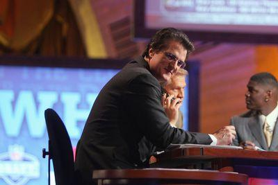 2015 NFL mock draft: Mel Kiper, Todd McShay join forces for three rounds of strange picks in televised simulation