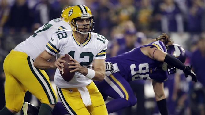 Rodgers, Packers cruise past Vikings 44-31