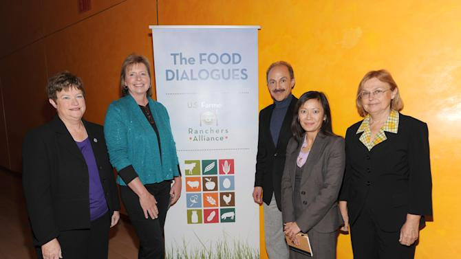 From left, Barb Determine, Dr. Karen Jordan, Keith Ayoob, Dr. Christine Hoang and Jean Halloran attend the Food Dialogues: New York on Thursday, Nov. 15, 2012 in New York. (Photo by Evan Agostini/Invision for USFRA/AP Images)
