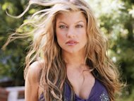http://media.zenfs.com/en-US/blogs/partner/Fergie-17.JPG