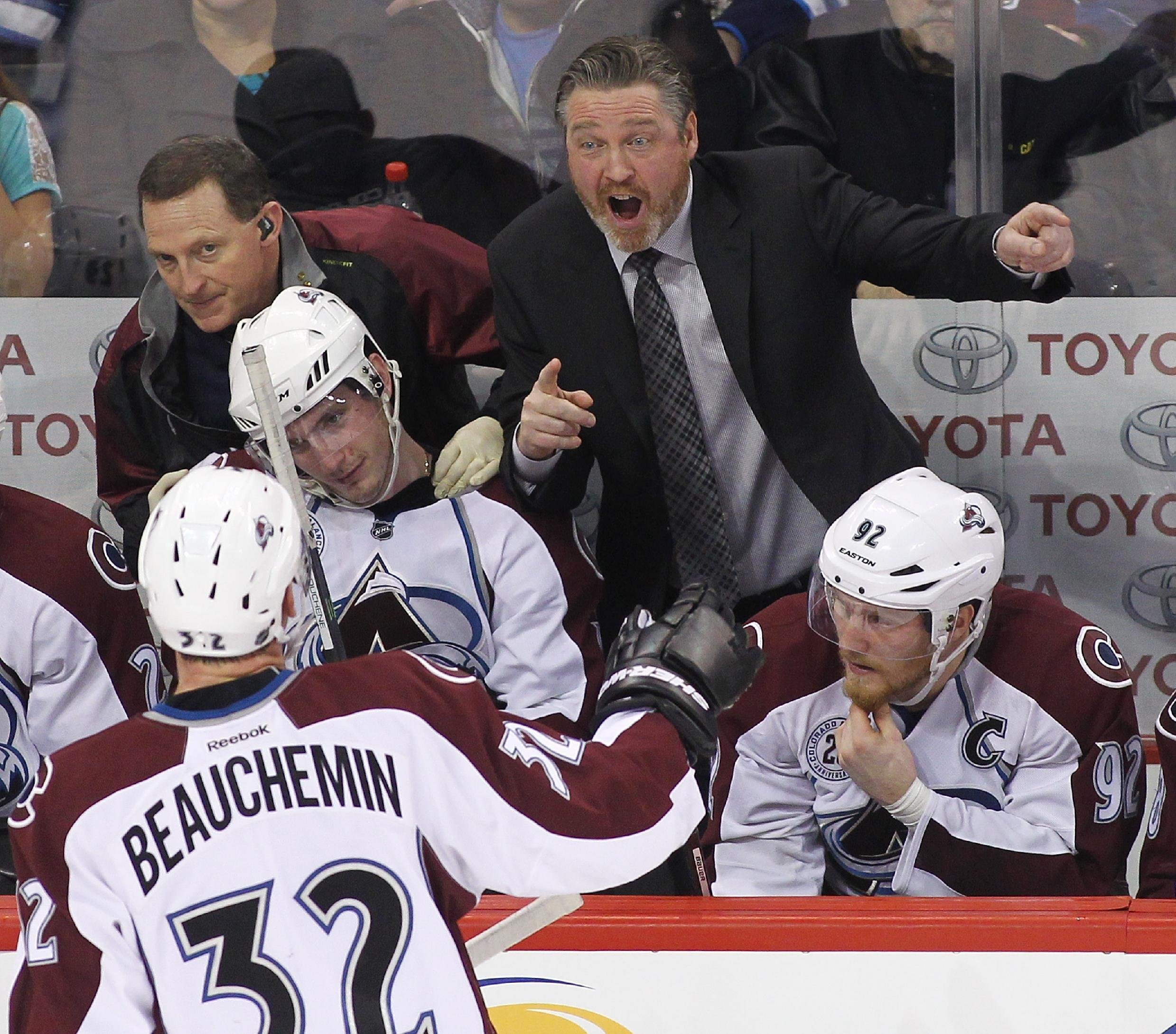 Watch Patrick Roy nearly explode after losing coach's challenge (Video)