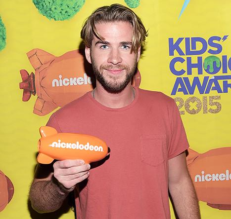 Liam Hemsworth Embraces His Inner '90s It-Boy With Parted Hairstyle: See the Photo!