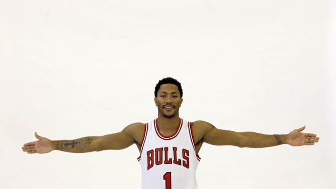 Chicago Bulls guard Derrick Rose poses for a portrait during the Bulls' NBA basketball media day, Monday, Sept. 29, 2014, in Chicago. (AP Photo/Charles Rex Arbogast)