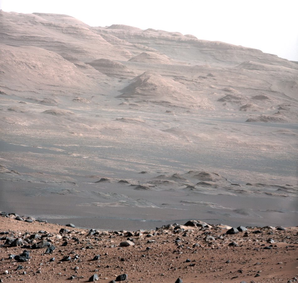 NASAs Curiosity sends high-resolution, colour portraits from Mars