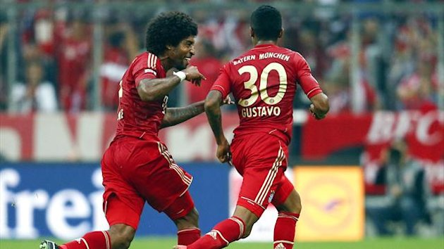 Bayern Munich's Dante and Luiz Gustavo (Reuters)
