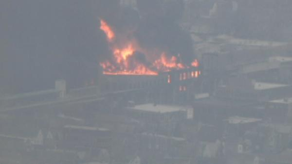 Southwest Side warehouse catches fire; Pink Line nearby shut down temporarily