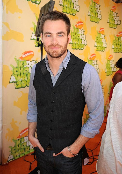 Pine Chris Kids Choice Aw