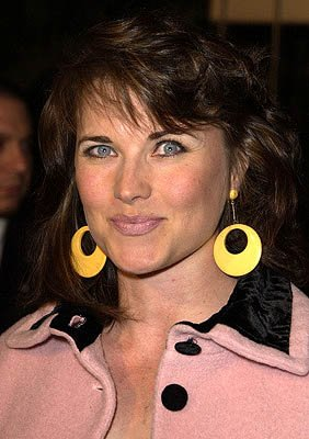 Premiere: Lucy Lawless at the Hollywood premiere of New Line's The Lord of The Rings: The Fellowship of The Ring - 12/16/2001